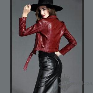 Дамски кожени якета с колан в цвят бордо